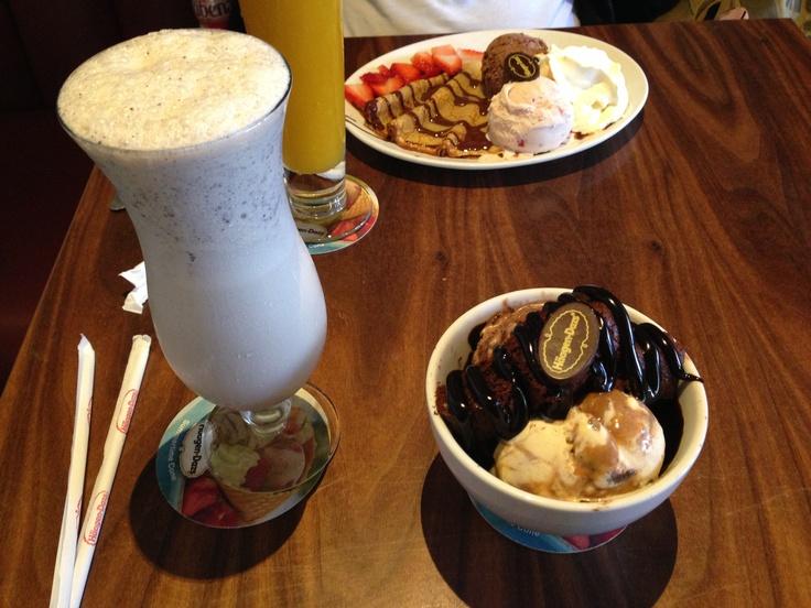 Hagen Daz restaurant omg yummy!