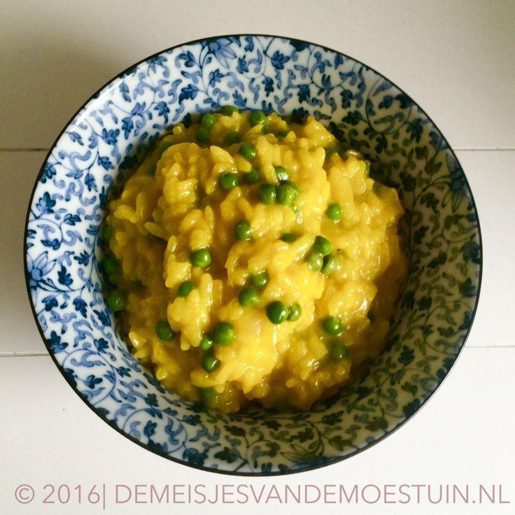 paella risotto met tuinerwtjes