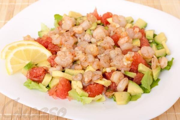 Рецепт приготовления салата с креветками и грейпфрутом, cucaso - кулинарные рецепты с пошаговыми фотографиями