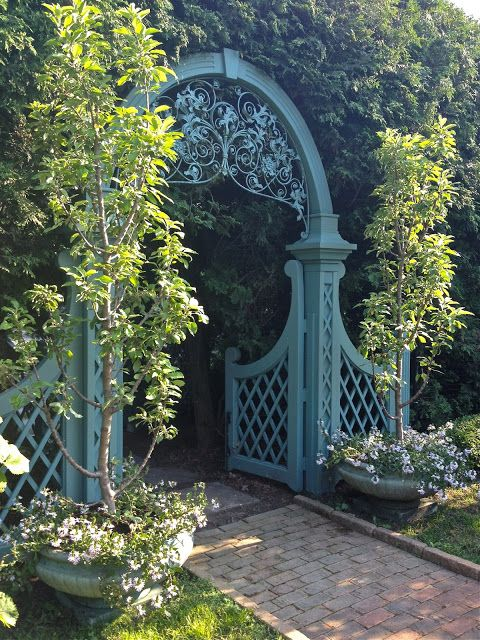 First Impressions~Doors & Gates