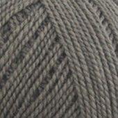 Semilla i fargen Muldvarp (ob129). Økologisk ullgarn fra BC garn.