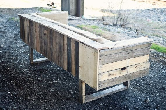 pallet sofa: Wood Furniture, Pallets Wood, Pallets Benches, Pallets Design, Pallets Ideas, Wood Pallets, Sofas, Pallets Projects, Modern Design