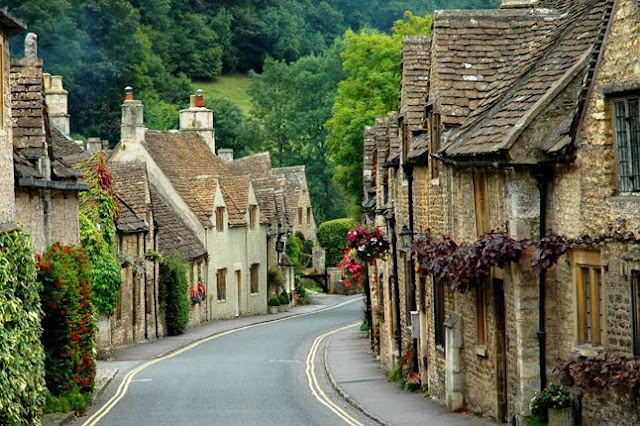 The Coltwolds in England - so pretty!