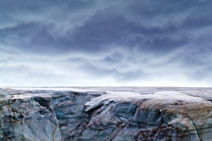 Australian photographer Jason Edwards documents beautiful Antarctica