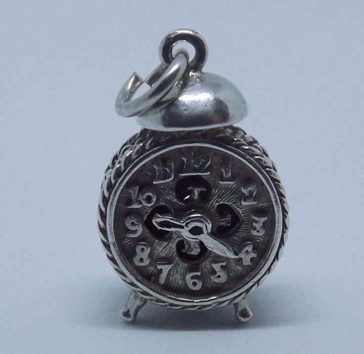 Vintage Silver Nuvo Charm -Old Fashioned Ringing Style Alarm Clock-Moving Hands   Sieraden & Horloges, Juwelen & Edelsmeedkunst, Bedelarmbanden & Bedeltjes   eBay!