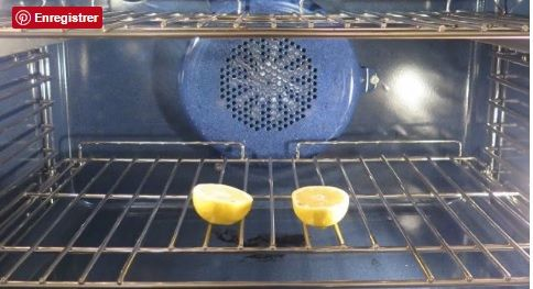 Mettez 2 citrons dans le four et laissez-le ouvert toute la nuit