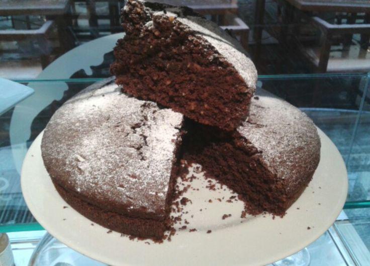 torta nocciole e cioccolato.Una bontà!!