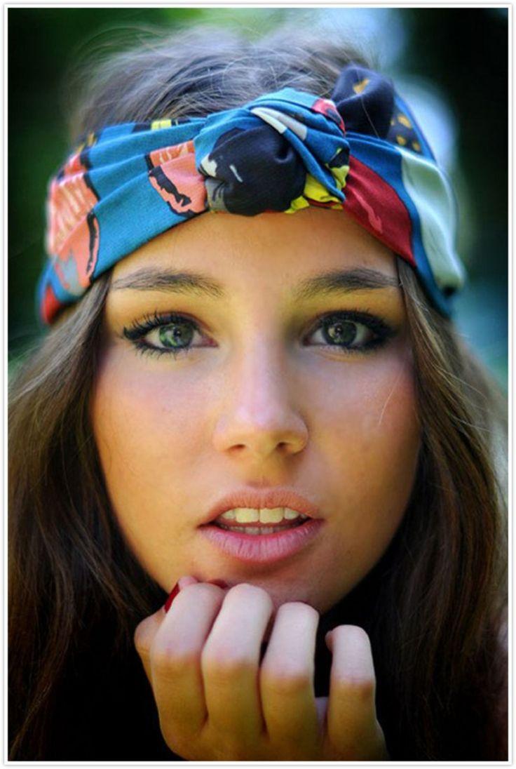 60+ Beautiful Bandana Hairstyles To Increase Women Beauty https://montenr.com/60-beautiful-bandana-hairstyles-to-increase-women-beauty/