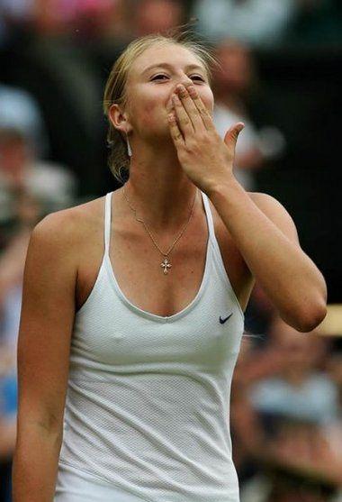 Female Tennis Player Hot Photos