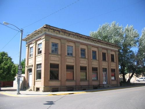 Former Bank Building Of Roundup Montana I Would Love To