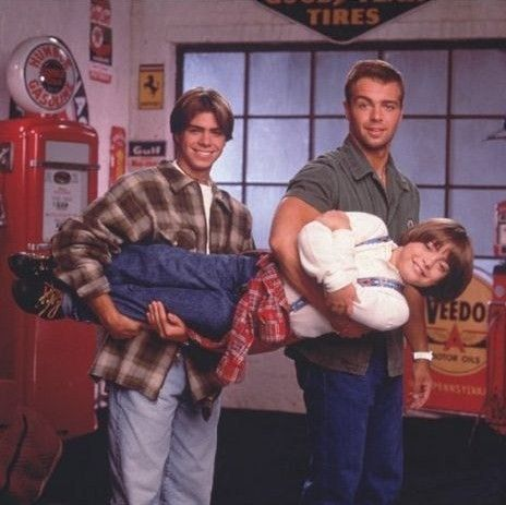 Brotherly Love!!! The Lawrence brothers!!: 90S Kids, Childhood Memories, 90S Childhood, 90S Nostalgia, Brotherlylov Xmaspr, Lawrence Brother, 90S Tv Show, 90S Brotherlylov, 90 S Kids