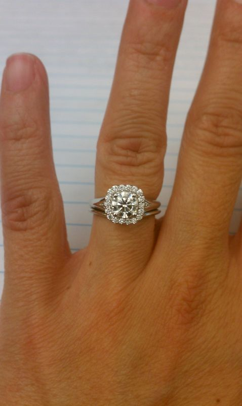 Show Me You Round Diamonds In A Cushion Halo Wedding Carat Ct