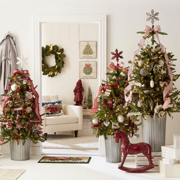 Best 25+ Winter decorations ideas on Pinterest | White christmas decorations,  White christmas and White christmas decorations diy