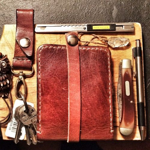 http://chicerman.com  alloutadventuresupply:  my #edc includes olfa knife 1946 Old Timer Pocket Knife Steel Pen HandmadeLeather AllOut Key Snap and Slim Snap Wallet. (both available on link in bio) #everydaycarry#pocketdump#adventure#leathergoods#quality#durablegoods#gear (at http://ift.tt/1IXnZsM)  #accessories