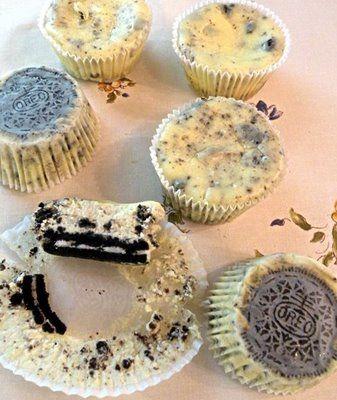 Oreos cupcakes!: Oreo Cheesecake, Cookies And Cream, Easy Cookies, Cheesecake Recipe, Martha Stewart, Cream Cheesecake, Minis Cheesecake, Cheesecake Cupcakes, Oreo Cupcakes
