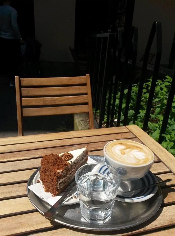 Mamacoffee Londýnská, Praha