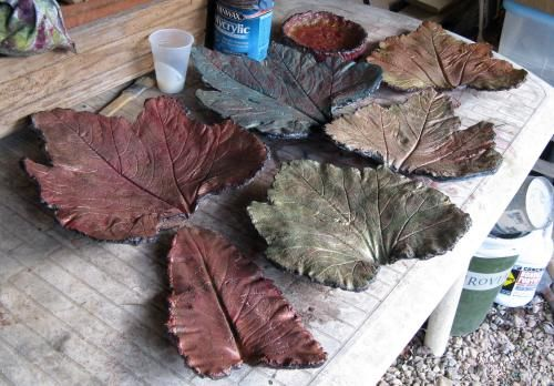 This is a new twist on my older Pin about making garden pavers out of large leaves - super easy and you can tint them with concrete stain!