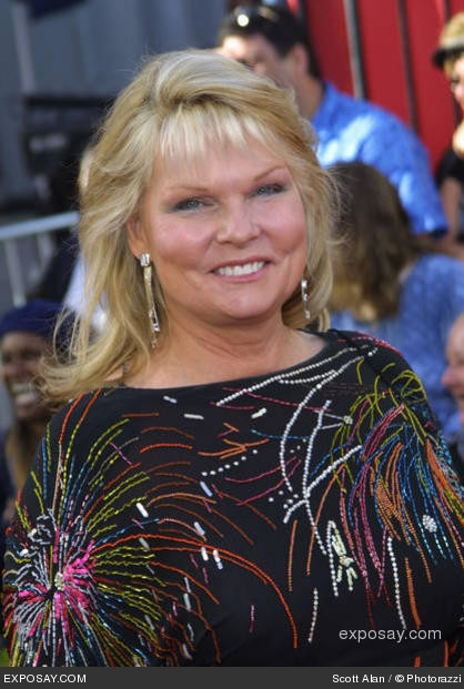 Happy 68th birthday Cathy Lee Crosby !!!!! 12/02