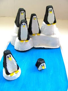 egg carton penguins..♔..