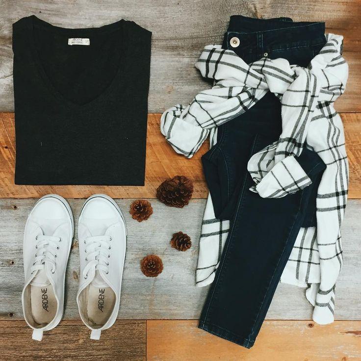 Never. Enough. Basics. #ardenelove #ootd #oufitgoals #ardenedenim #jeans #plaid