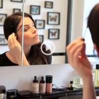 'The Mommy Glow' with Julia Restoin Roitfeld - into the gloss