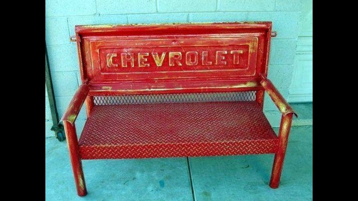 Old Tailgate Bench