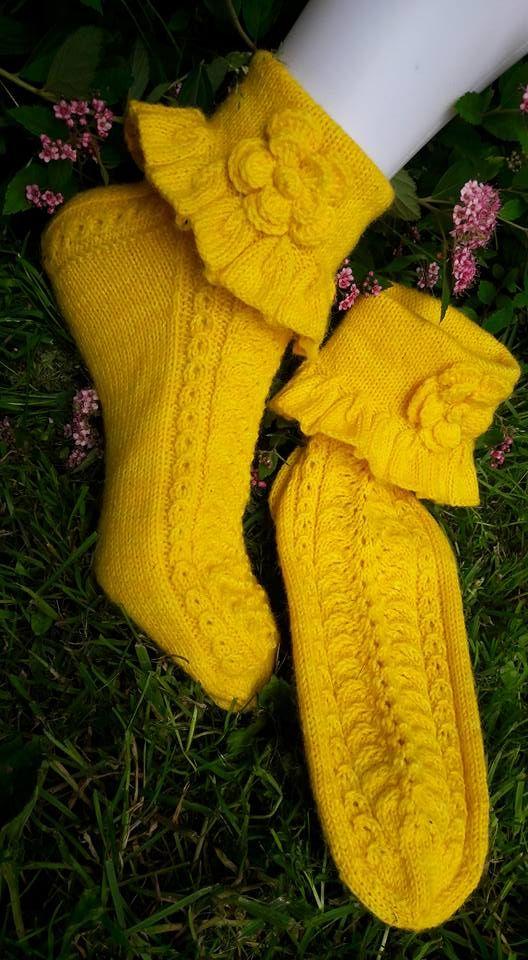 Lacefrillasocks. Design me - Tuija Pelkonen, own pattern. Yarn: 4-ply hand dye merino-sowo by Birgit Reuter (merino 75%, PA 25%), needles Zing 2,5.