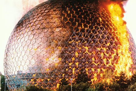 """Anne's Taj Mahal"" on fire, Montreal, 20 May 1976. Courtesy the Estate of R. Buckminster Fuller."