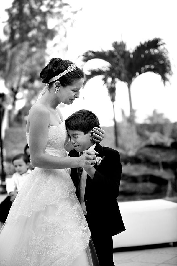 wedding photo by Florida based wedding photographer Soul Echo Studios | junebugweddings.com