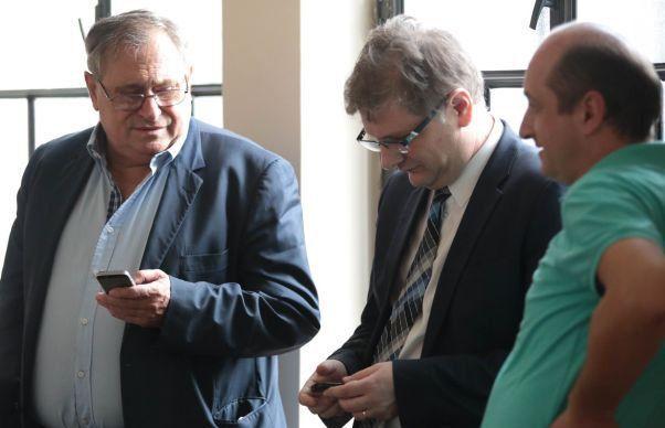 Timp de 24 de ani, nimeni n-a reușit să-l clintească pe Ioan Cojocari din Primăria Timișoara, cel care, înainte de 1989, a fost școlit în Comitetul Județean al PCR...