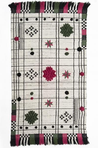 Decorative Punja Wool Rugs For Home Decor with Pink And Green Flower Pattern