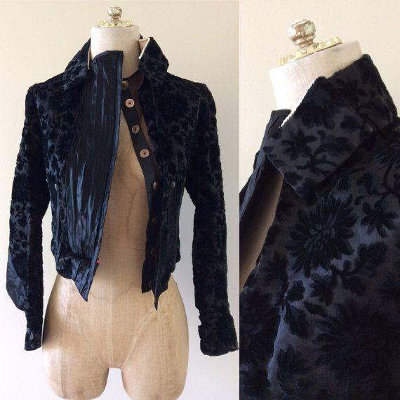 Une veste cintrée en velours brûlé antique par MaeberryVintage