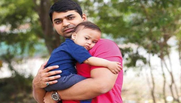 #‎Hearttouching‬ ‪#‎story‬ of ‪#‎AdityaTiwari‬, became the ‪#‎youngest‬ single ‪#‎parent‬ in ‪#‎India‬! Must read