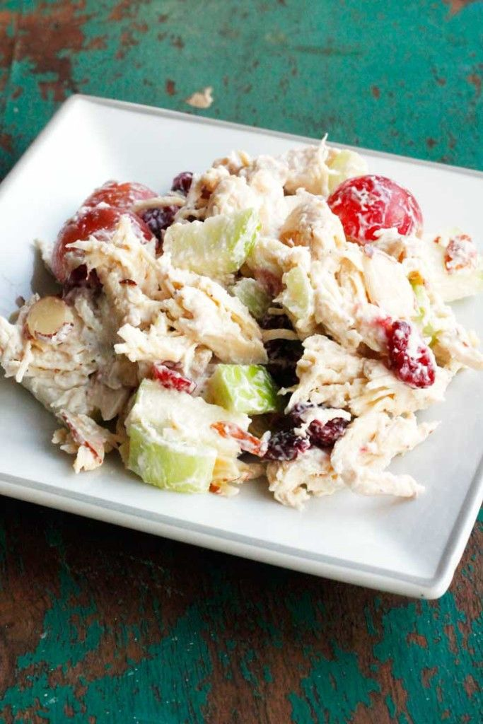 THE BEST Apple Cranberry Chicken Salad - this easy healthy chicken salad recipe will be your new best friend.