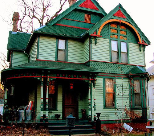Love Victorian homes!: Victorian Homes, Victorian Dream, Architecture House, Architecture Usa Victorian, Photo Shared, Paintings Color, Victorian Splendor, Paintings Lady, Victorian Houses