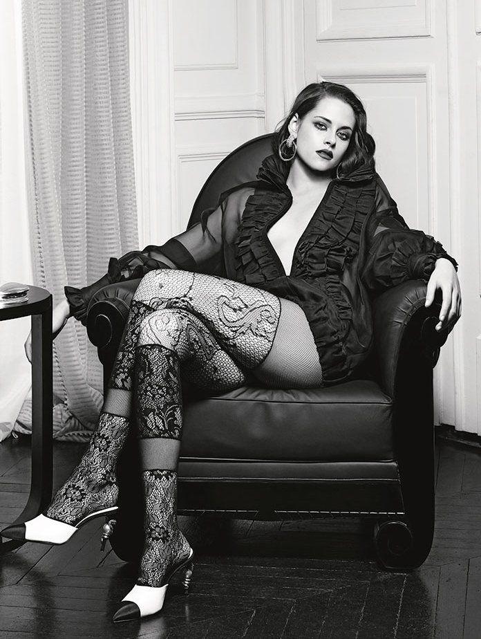 Kristen Stewart for Chanel. Possibly the greatest photo ever taken. <3 #chanel #KristenStewart