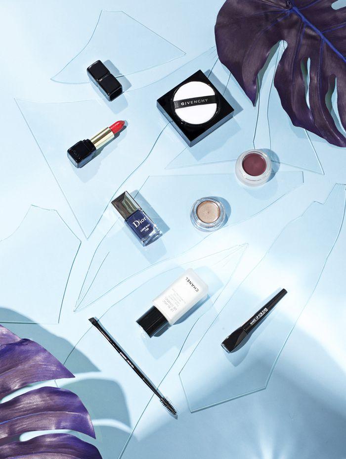 Beauty still life - L'Officiel - Studio L'Étiquette — Art Direction #fashion #ambience #styling