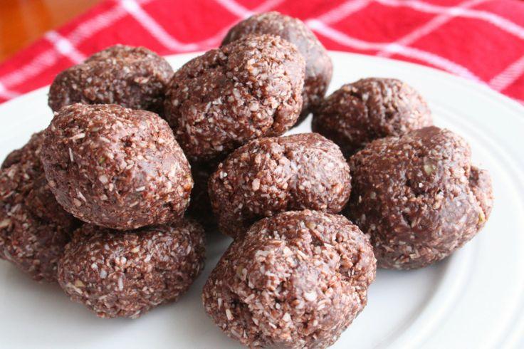 Raw Nutrient Filled Chocolate Coconut Pumpkin Balls (Dairy, Gluten/Grain and Refined Sugar Free)