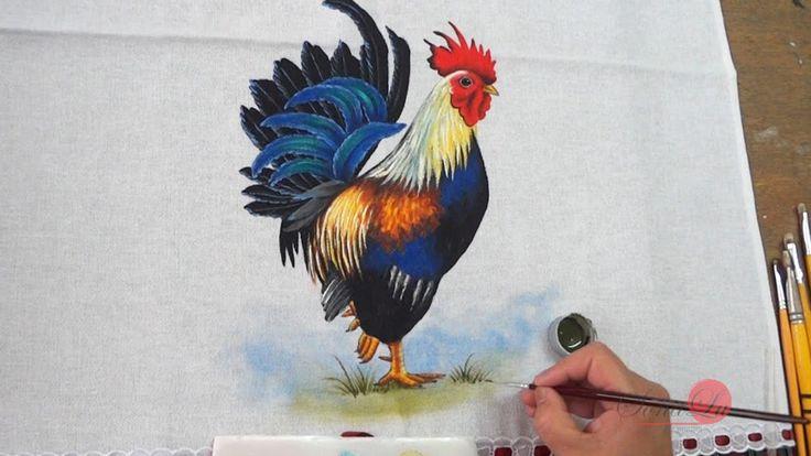 Hoje vamos pintar um Galo em Tecido. Parece difícil a primeira vista, mas vamos fazendo parte por parte e vocês vão ver como é muito mais fácil do que parece...