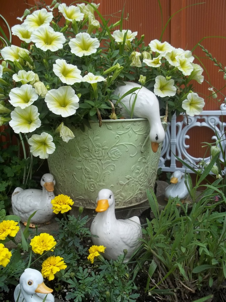 17 best images about cottage farmhouse style on for Flower garden ornaments