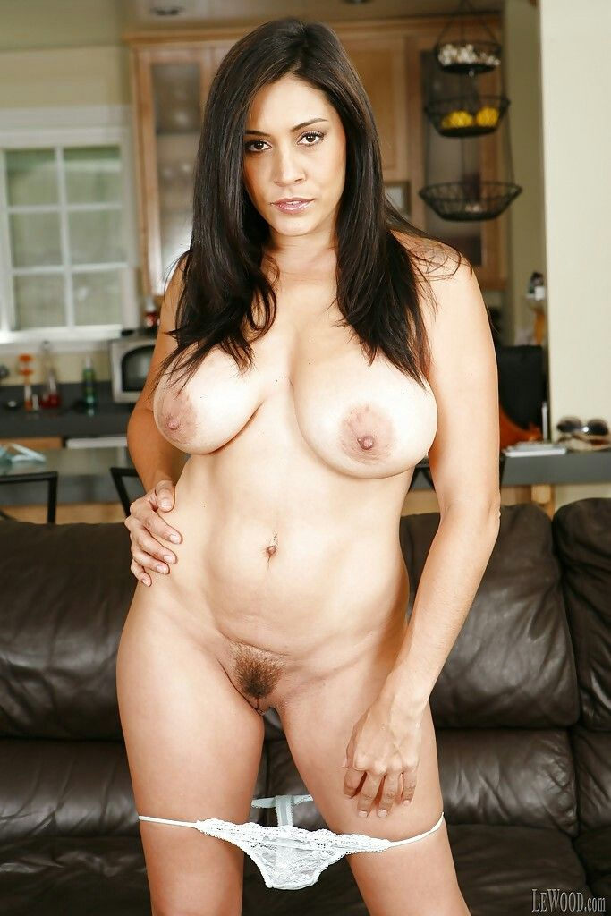 Raylene A Nude 23