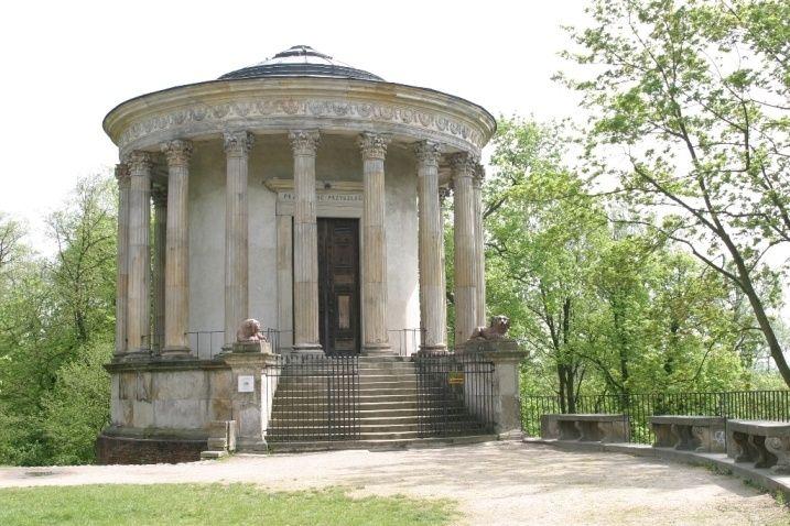 Świątynia Sybilli w Puławach, Aigner, XVIII / XIX