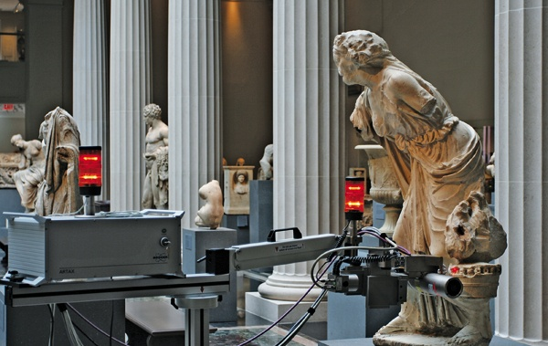 TRUE COLORS X-ray fluorescence spectroscopy is used by MMA scientists to investigate the original polychromy of a Roman sculpture.