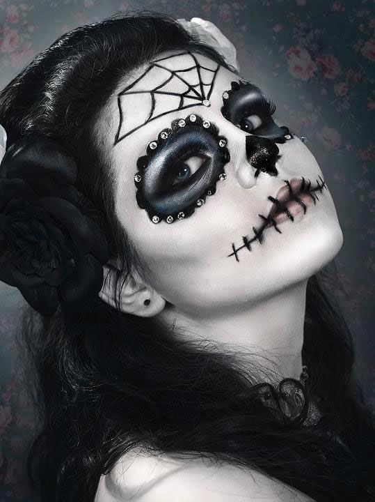17 meilleures id es propos de maquillage halloween sur pinterest maquillage de d guisement - Maquillage sorciere fillette ...
