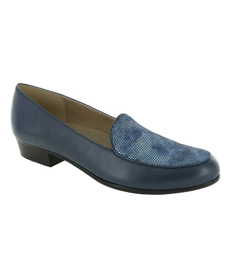 This Munro Shoes Navy Mallory Leather Loafer by Munro Shoes is perfect! #zulilyfinds