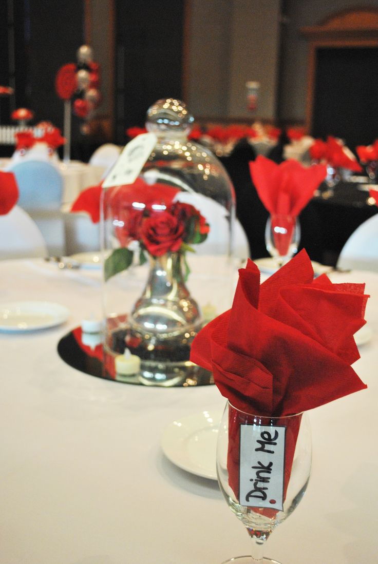 The little details on the table make the biggest impact! #event #ideas #centrepiece