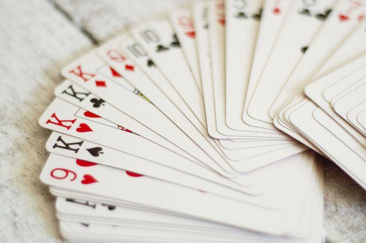 How to Do Easy Card Tricks