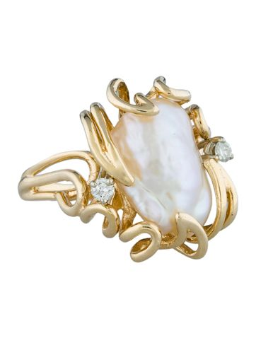 Diamond & Freshwater Pearl Ring