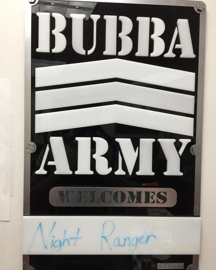 Performing this morning on the Bubba The Love Sponge Radio Show in #Tampa FL #NightRanger #ericlevymusic #socmgmtplus