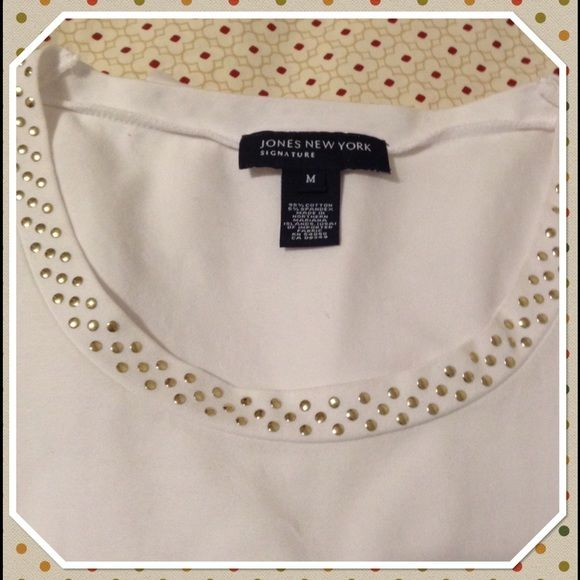 ️️Reduced,Jones NY Signature Sparkly Top The cute small sparkly studs make this top attractive. All around sparkly studded neckline. 95% cotton,5% spandex. Nice layered or with a jacket and jeans. Bundle and save Jones New York Tops Tees - Long Sleeve